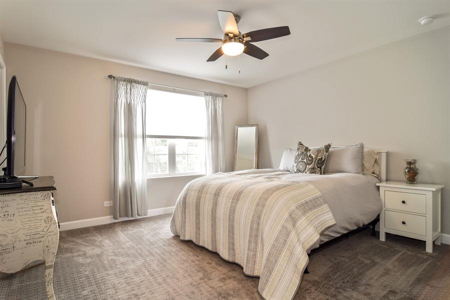 Real Estate Photography - 3575 Elsie Lane, Hoffman Estates, IL, 60192 - Guest Bedroom