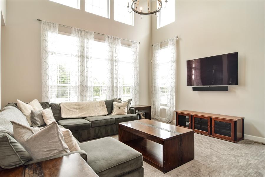 Real Estate Photography - 3575 Elsie Lane, Hoffman Estates, IL, 60192 - Family Room