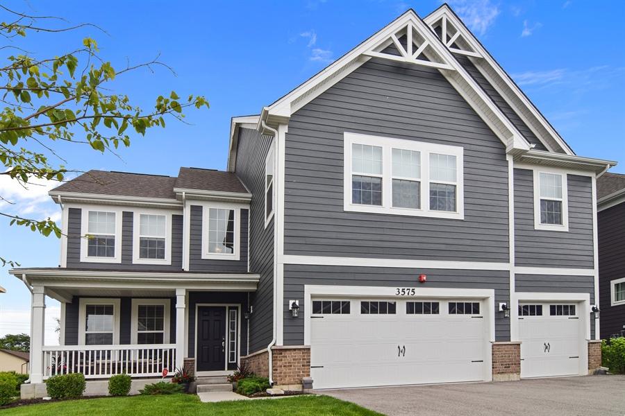 Real Estate Photography - 3575 Elsie Lane, Hoffman Estates, IL, 60192 - Front View