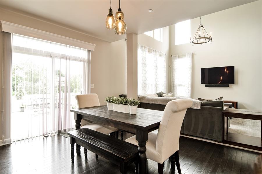 Real Estate Photography - 3575 Elsie Lane, Hoffman Estates, IL, 60192 - Breakfast Nook