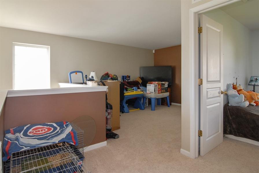 Real Estate Photography - 24831 Gates Court, Unit 24831, Plainfield, IL, 60585 - Loft
