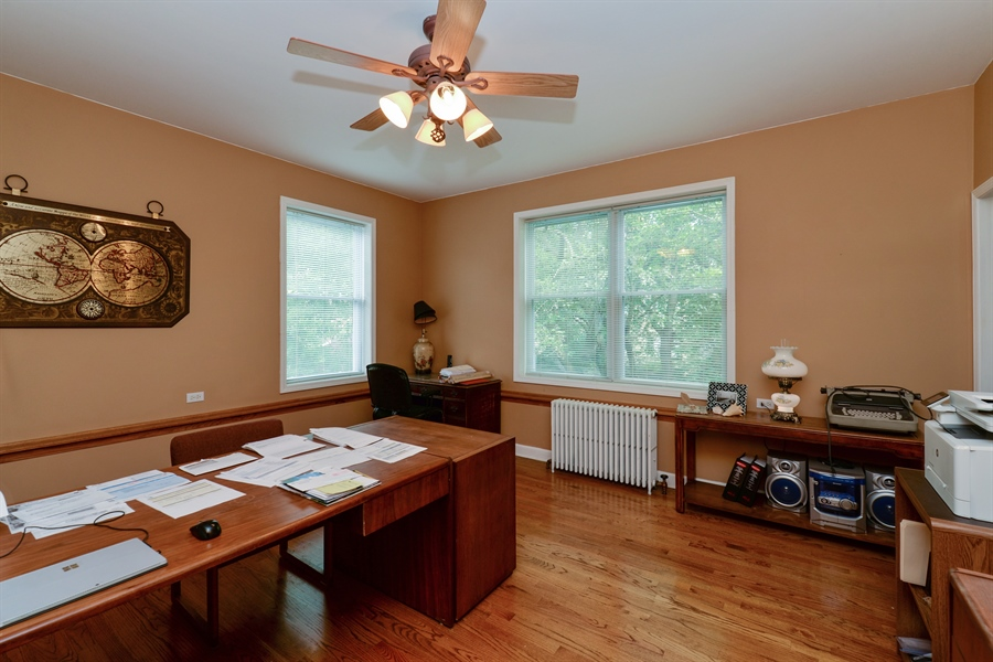 Real Estate Photography - 7463 N. Sheridan Road, Chicago, IL, 60626 - 4th Bedroom