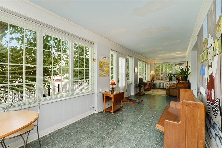 Real Estate Photography - 7463 N. Sheridan Road, Chicago, IL, 60626 - Exercise Room