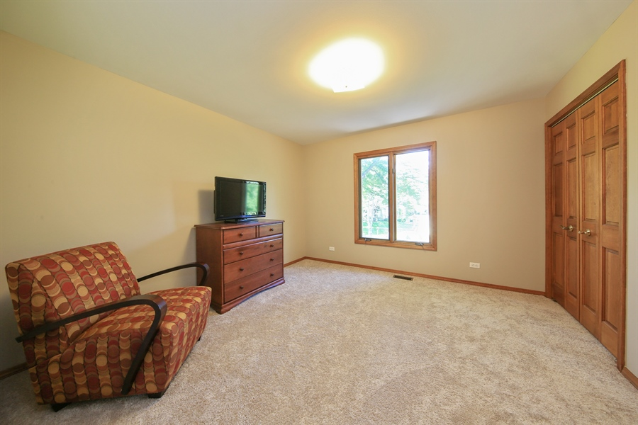 Real Estate Photography - 828 Cardiff Road, Naperville, IL, 60565 - Bedroom