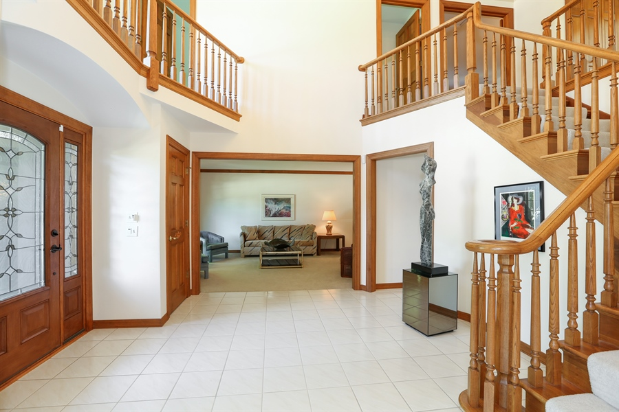 Real Estate Photography - 812 Burgess Hill Road, Naperville, IL, 60565 - Foyer