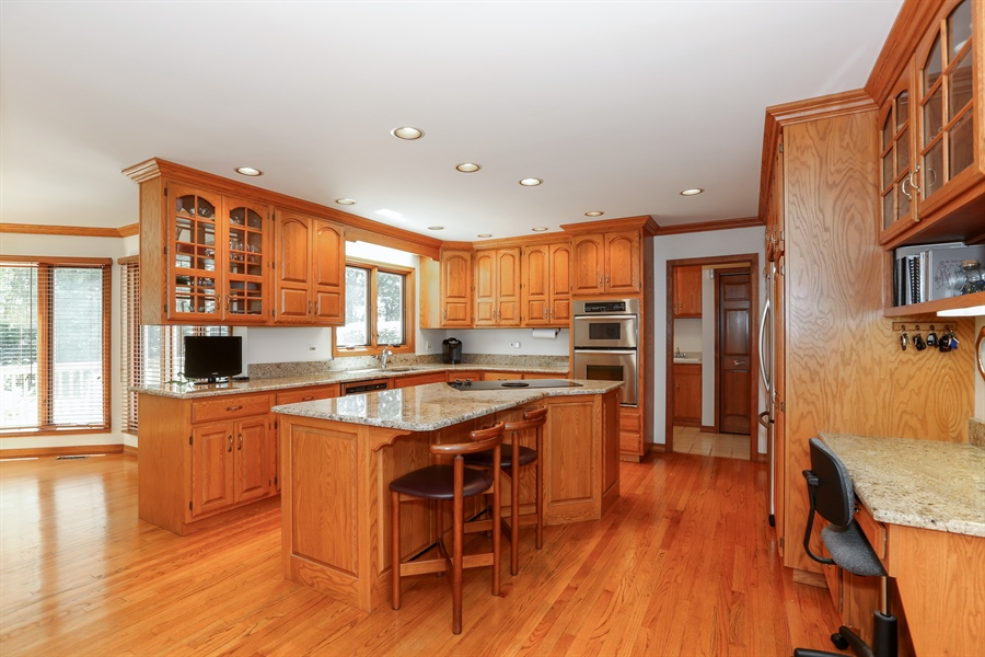 Real Estate Photography - 812 Burgess Hill Road, Naperville, IL, 60565 - Kitchen