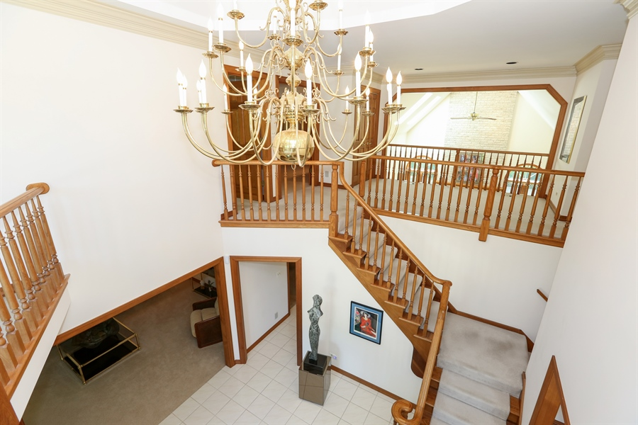 Real Estate Photography - 812 Burgess Hill Road, Naperville, IL, 60565 - Entryway