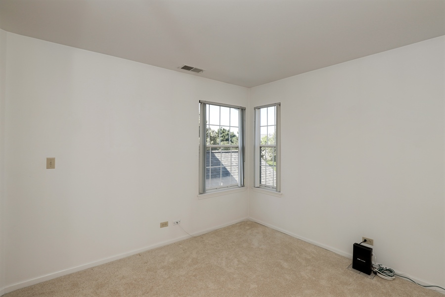 Real Estate Photography - 17778 W. Braewick Road, Gurnee, IL, 60031 - Bedroom