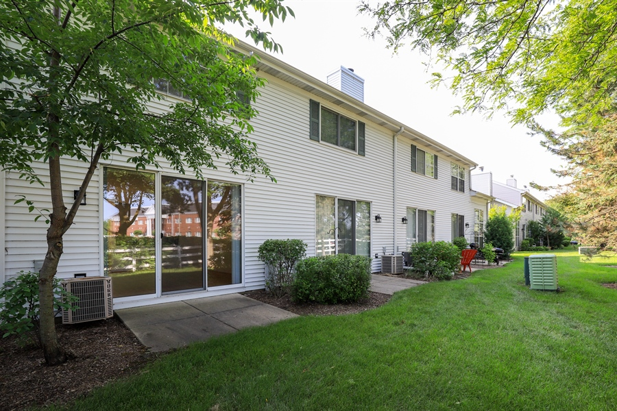 Real Estate Photography - 17778 W. Braewick Road, Gurnee, IL, 60031 - Rear View