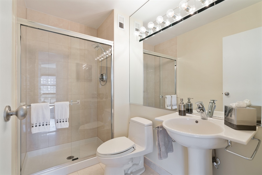 Real Estate Photography - 1313 N. Ritchie Court, Unit 1604, Chicago, IL, 60610 - 3rd Bath
