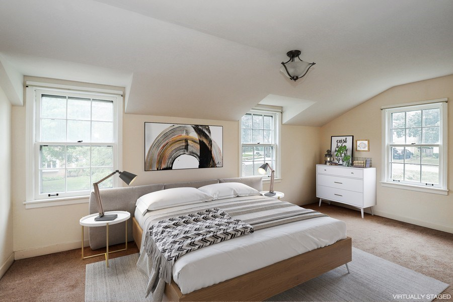 Real Estate Photography - 604 Ardmore Terrace, Libertyville, IL, 60048 - Master Bedroom
