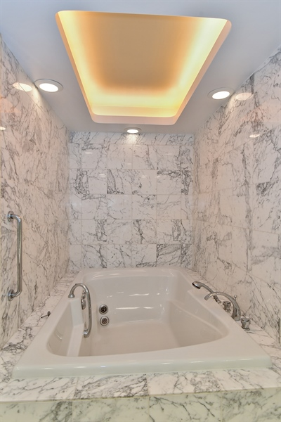 Real Estate Photography - 1000 N. Lake Shore Plaza, Unit 24C, Chicago, IL, 60611 - Master Bathroom
