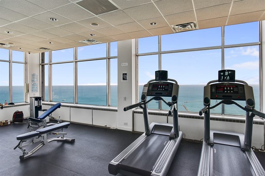 Real Estate Photography - 1000 N. Lake Shore Plaza, Unit 24C, Chicago, IL, 60611 - Exercise Room