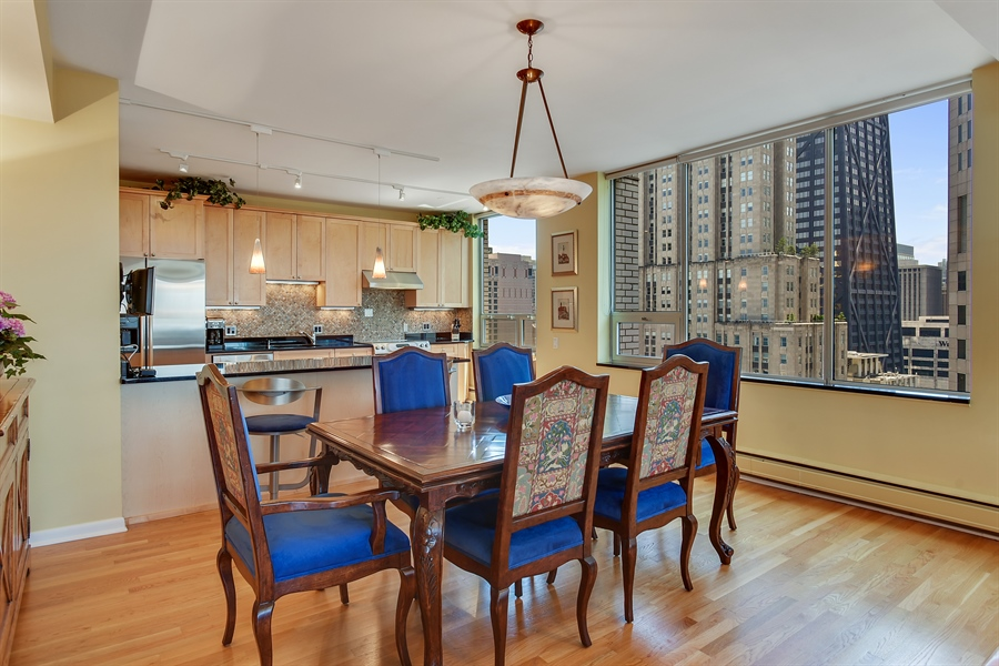 Real Estate Photography - 1000 N. Lake Shore Plaza, Unit 24C, Chicago, IL, 60611 - Dining Room