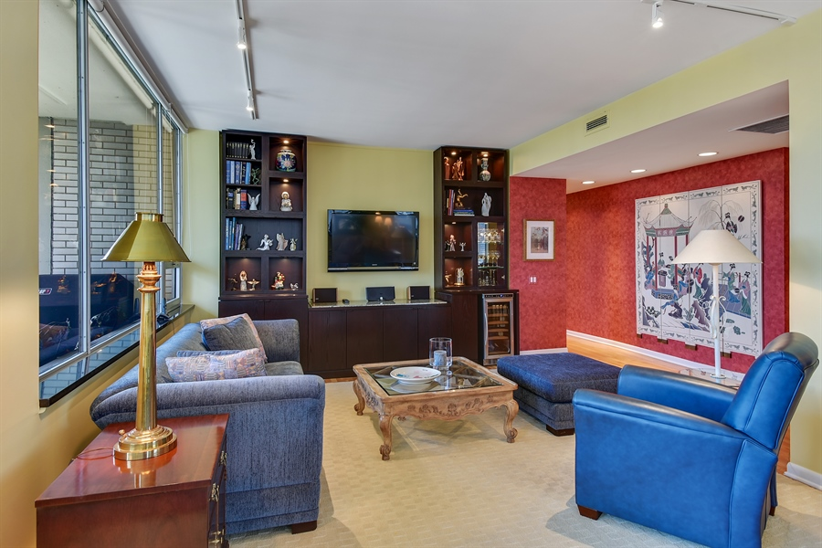 Real Estate Photography - 1000 N. Lake Shore Plaza, Unit 24C, Chicago, IL, 60611 - Family Room