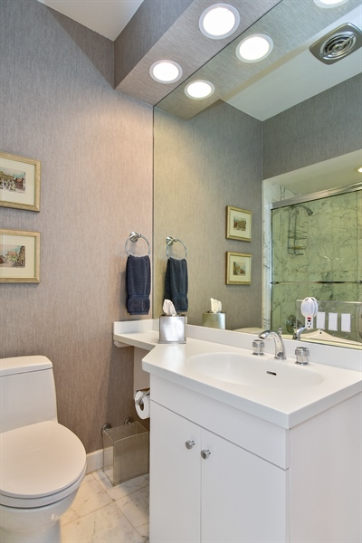Real Estate Photography - 1000 N. Lake Shore Plaza, Unit 24C, Chicago, IL, 60611 - Bathroom
