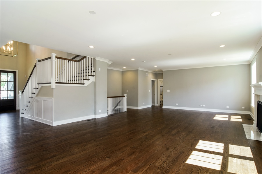 Real Estate Photography - 935 W. Ellis Street, Palatine, IL, 60067 - Great Room