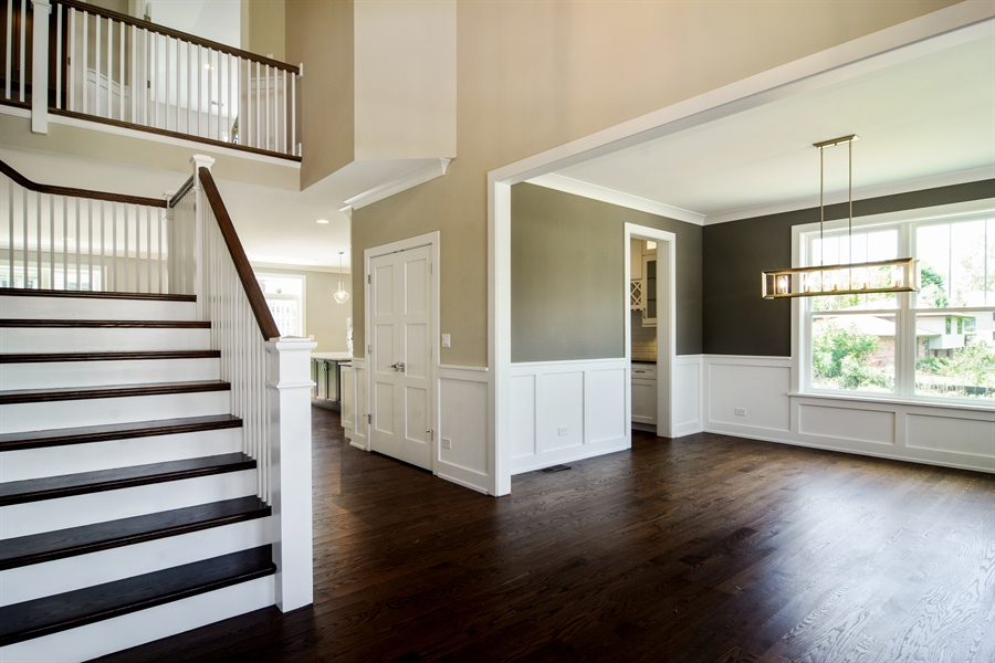 Real Estate Photography - 935 W. Ellis Street, Palatine, IL, 60067 - Foyer