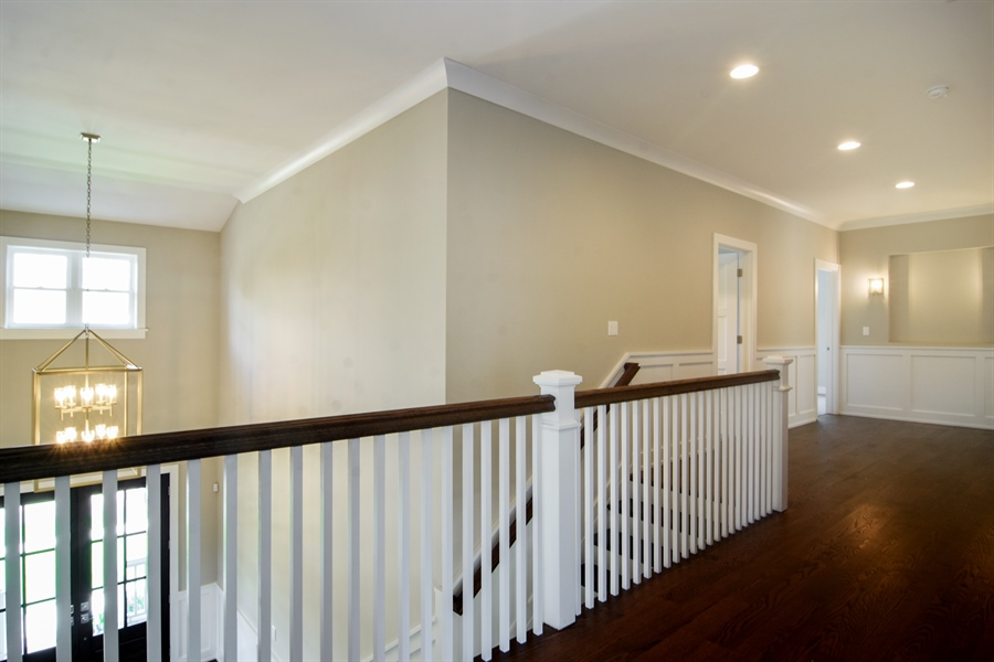 Real Estate Photography - 935 W. Ellis Street, Palatine, IL, 60067 - Hallway