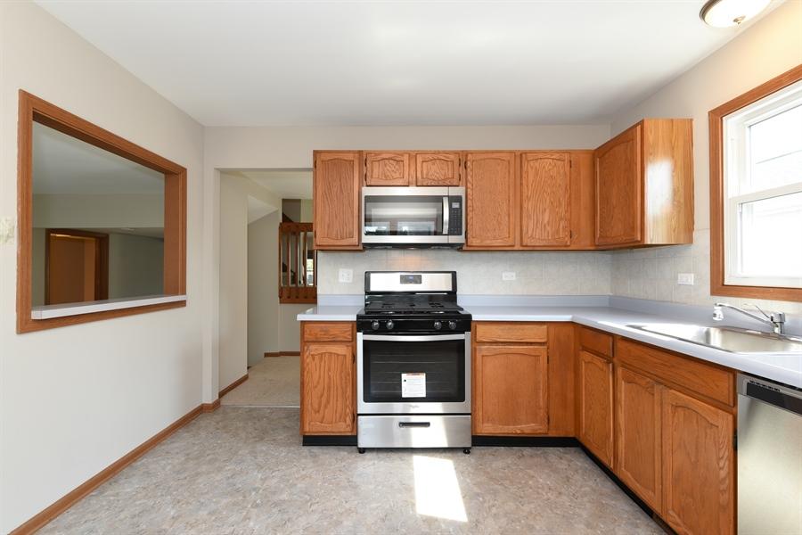 Real Estate Photography - 41 FILLMORE Lane, Streamwood, IL, 60107 - Kitchen