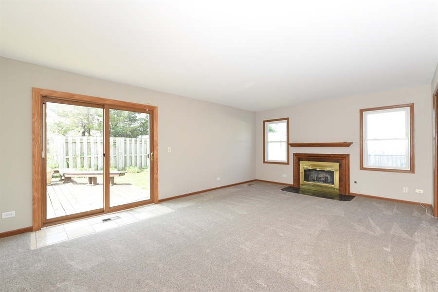 Real Estate Photography - 41 FILLMORE Lane, Streamwood, IL, 60107 - Family Room