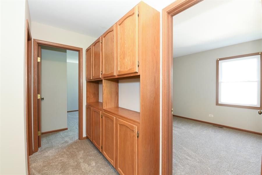 Real Estate Photography - 41 FILLMORE Lane, Streamwood, IL, 60107 - Loft