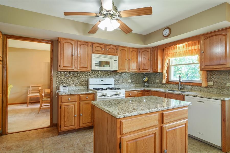 Real Estate Photography - 1813 N. Andoa Lane, Mount Prospect, IL, 60056 - Kitchen