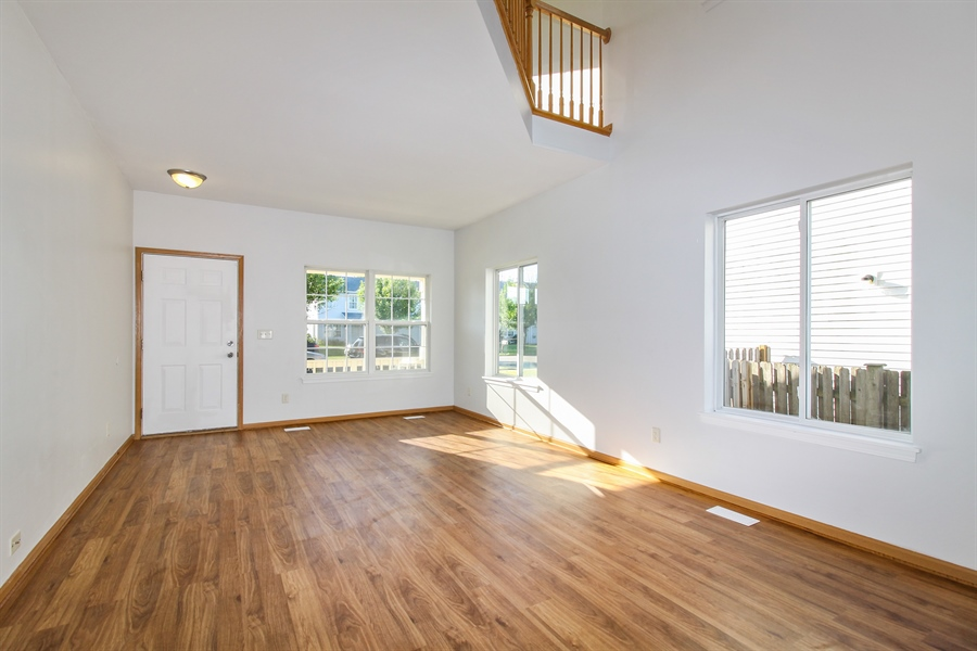 Real Estate Photography - 1755 Raleigh Trail, Unit 1755, Romeoville, IL, 60446 - Living Room