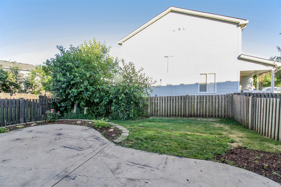 Real Estate Photography - 1755 Raleigh Trail, Unit 1755, Romeoville, IL, 60446 - Back Yard