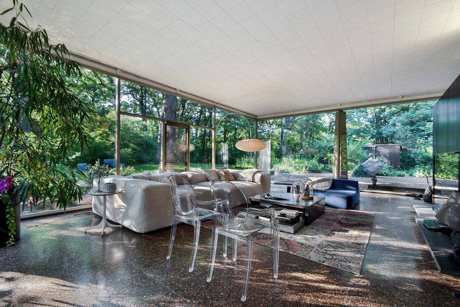 Real Estate Photography - 20841 Oak Lane Drive, Olympia Fields, IL, 60461 - Living Room