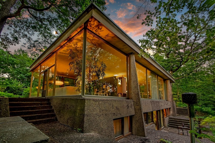 Real Estate Photography - 20841 Oak Lane Drive, Olympia Fields, IL, 60461 - Rear View