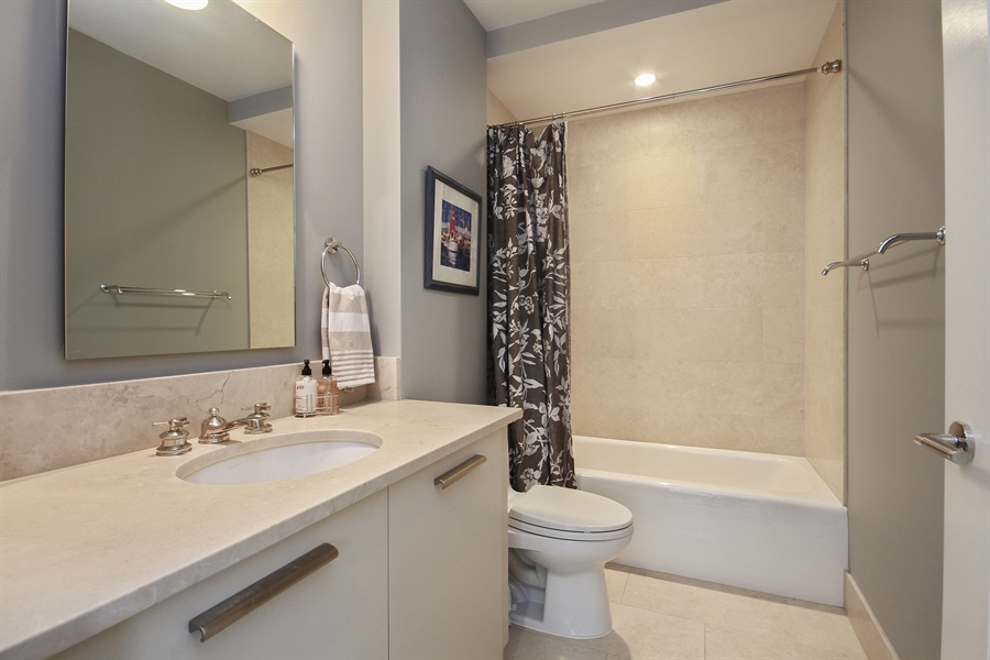 Real Estate Photography - 2550 N. Lakeview Avenue, Chicago, IL, 60614 - 3rd Bathroom