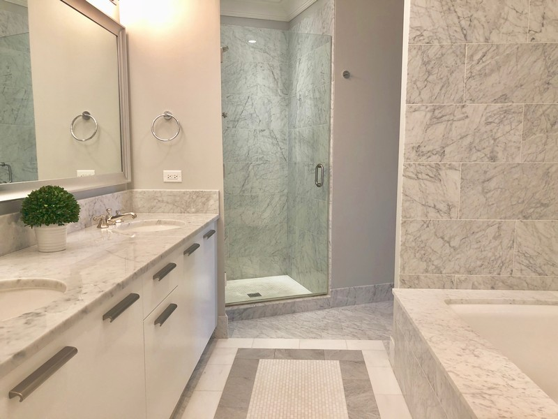 Real Estate Photography - 2550 N. Lakeview Avenue, Chicago, IL, 60614 - Master Bathroom