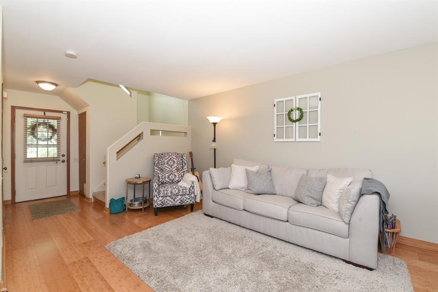 Real Estate Photography - 1690 Pebble Beach Circle, Elgin, IL, 60123 - Living Room