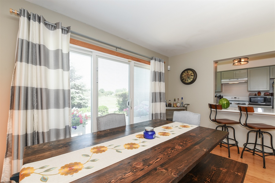 Real Estate Photography - 1690 Pebble Beach Circle, Elgin, IL, 60123 - Dining Room