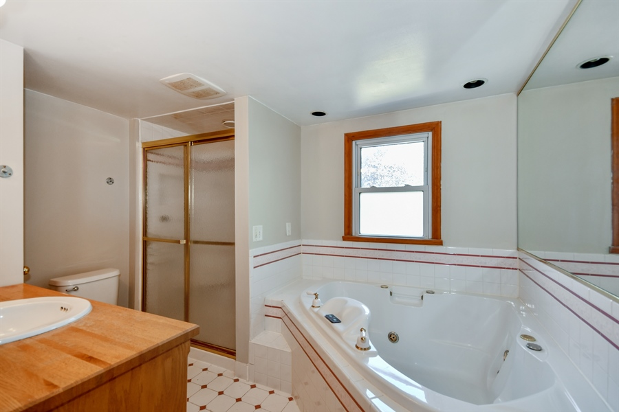 Real Estate Photography - 128 Richards Street, Geneva, IL, 60134 - Upstairs bath w jetted tub & separate shower