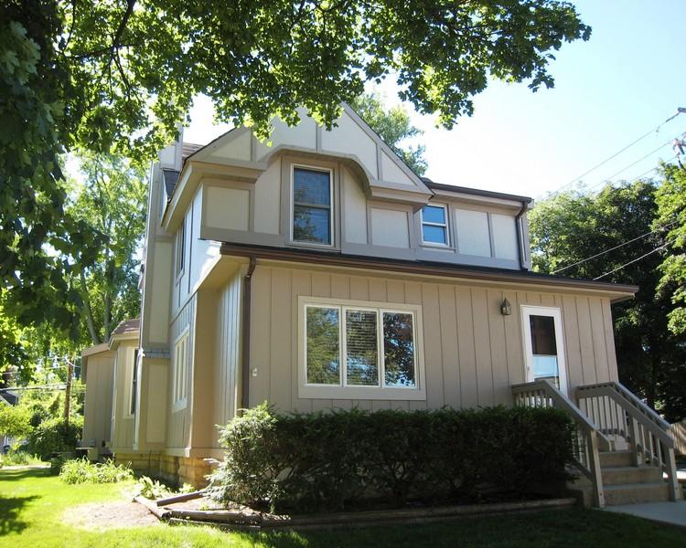 Real Estate Photography - 128 Richards Street, Geneva, IL, 60134 - Front