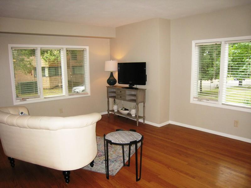 Real Estate Photography - 128 Richards Street, Geneva, IL, 60134 -
