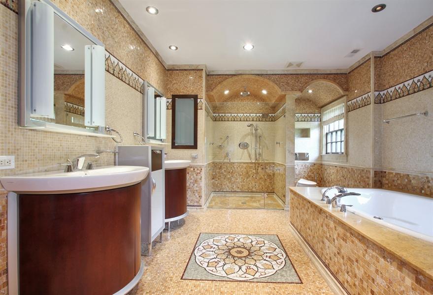 Real Estate Photography - 5900 N. Kilpatrick Avenue, Chicago, IL, 60646 - Master Bathroom