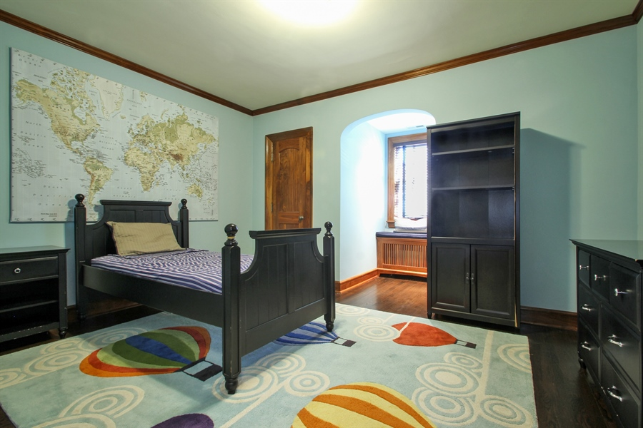 Real Estate Photography - 5900 N. Kilpatrick Avenue, Chicago, IL, 60646 - 3rd Bedroom