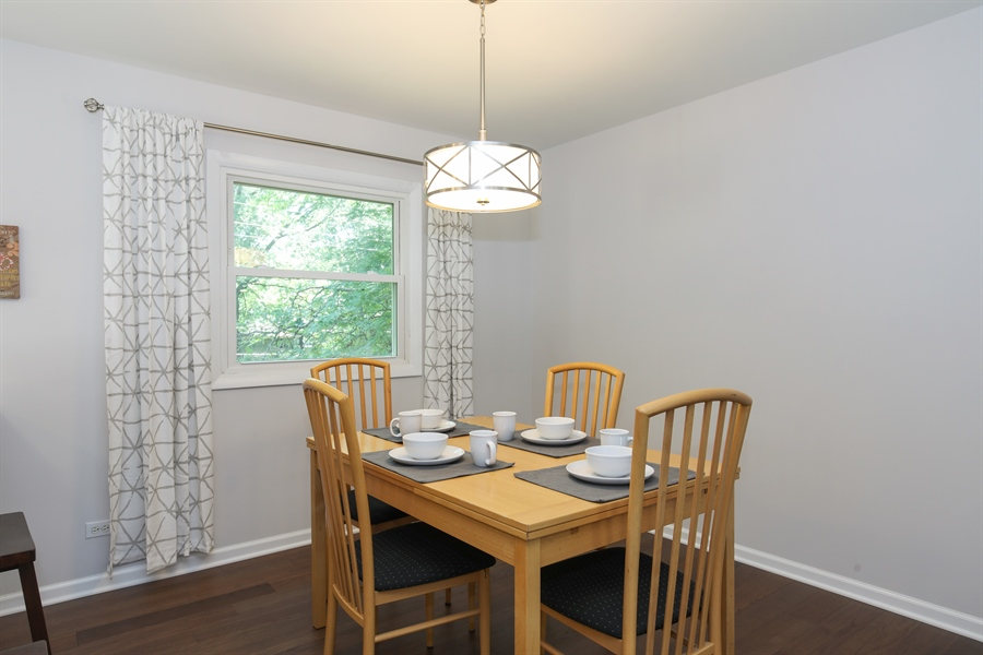 Real Estate Photography - 105 Edgewood Court, Rolling Meadows, IL, 60008 - Dining Room