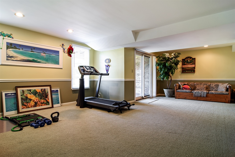 Real Estate Photography - 1304 Shire Circle, Unit 4, Inverness, IL, 60067 - Recreational Area