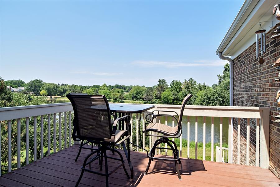 Real Estate Photography - 1304 Shire Circle, Unit 4, Inverness, IL, 60067 - Balcony