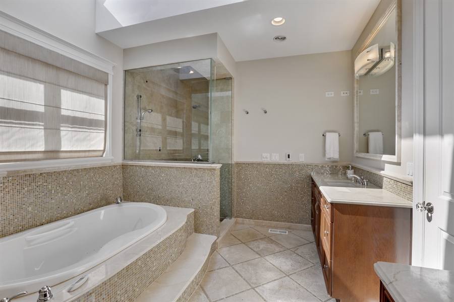 Real Estate Photography - 1532 W. WOLFRAM Street, Chicago, IL, 60657 - Master Bathroom