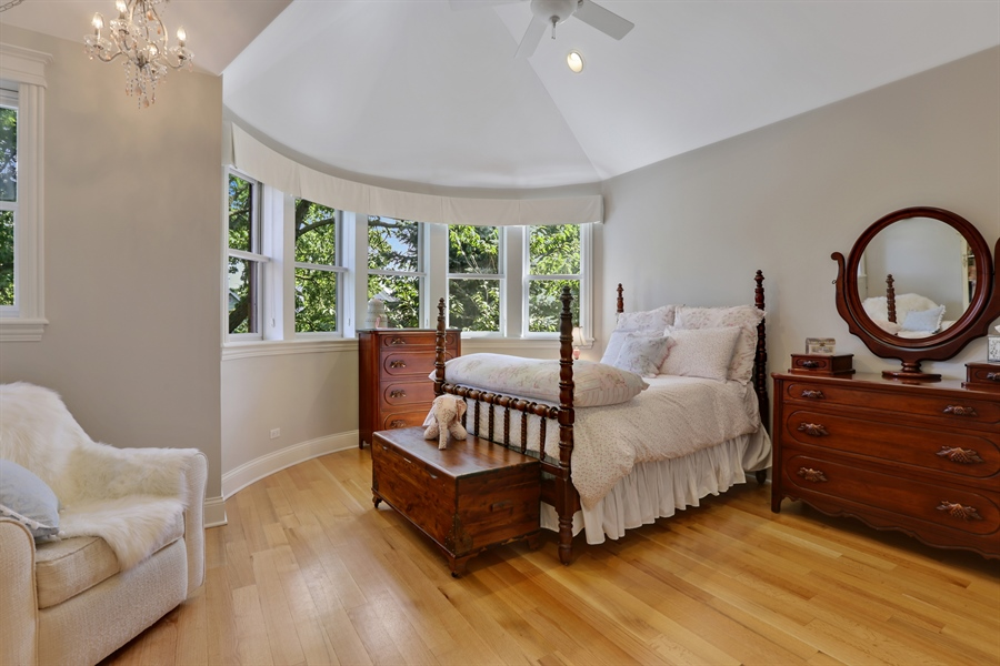 Real Estate Photography - 1532 W. WOLFRAM Street, Chicago, IL, 60657 - 2nd Bedroom