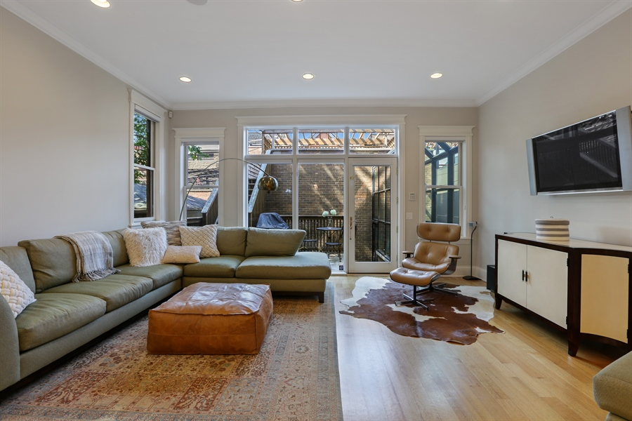Real Estate Photography - 1532 W. WOLFRAM Street, Chicago, IL, 60657 - Family Room