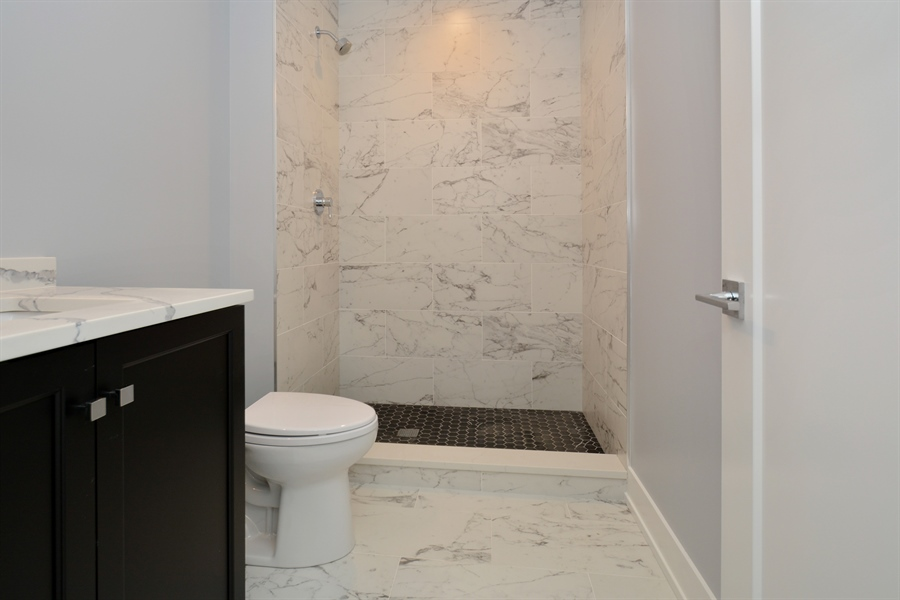 Real Estate Photography - 429 Williams Court, Clarendon Hills, IL, 60527 - 3rd Bathroom