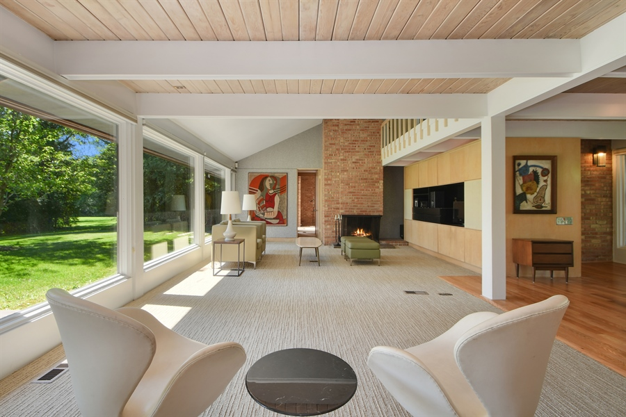 Real Estate Photography - 98 Graymoor Lane, Olympia Fields, IL, 60461 - Living Room