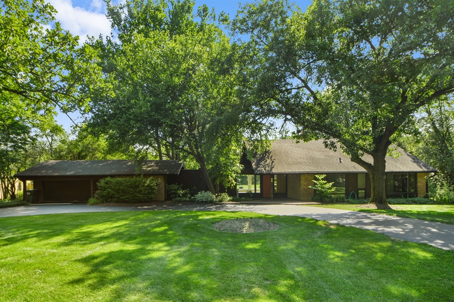 Real Estate Photography - 98 Graymoor Lane, Olympia Fields, IL, 60461 - Front View
