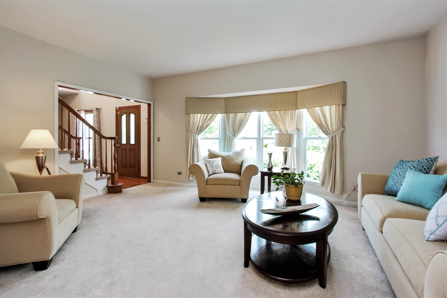 Real Estate Photography - 3541 Lakeview Drive, Algonquin, IL, 60102 - Living Room